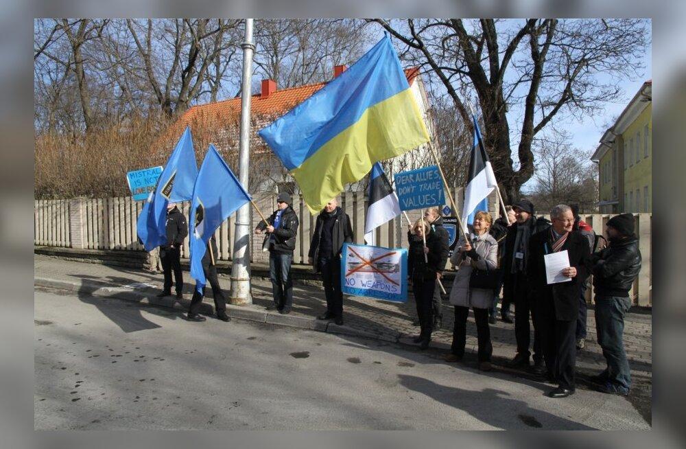 IRL meeleavaldus Mistral dessantlaevade üleandmise vastu