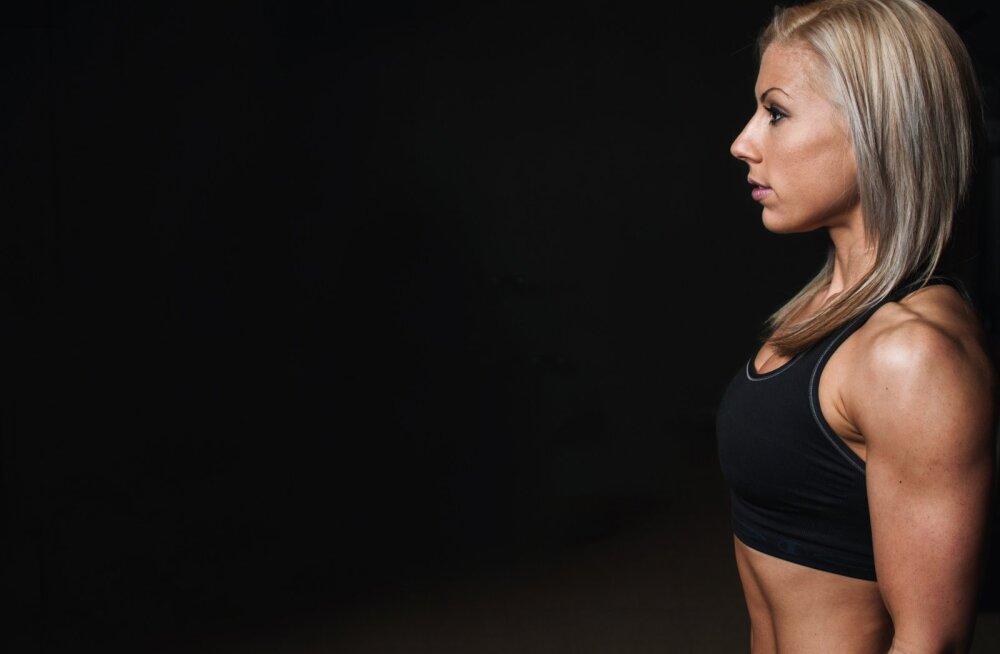 Kõige tugevamad naised tunnevad ennast sisemiselt hoopis katkisena. Miks see nii on?