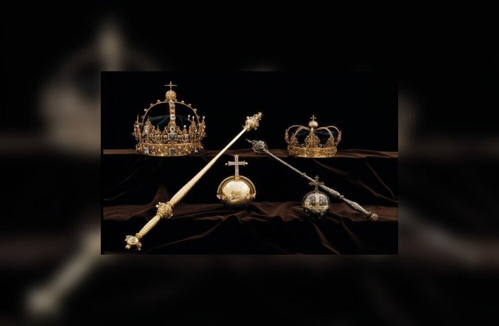 Rootsis leiti ilmselt suvel varastatud kuninglikud kroonid ja riigiõun