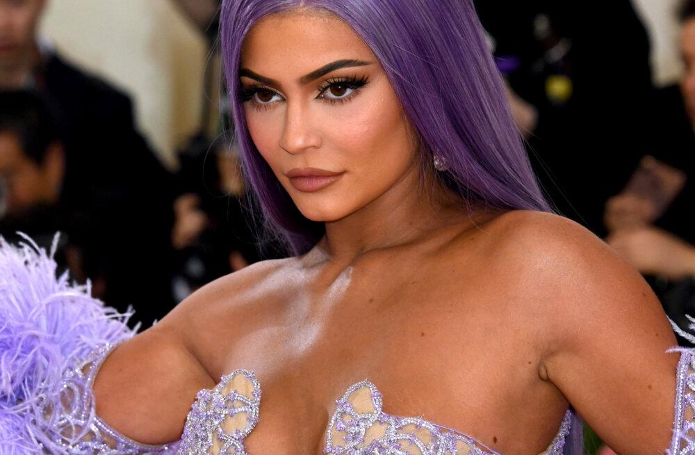 Kuidas sai tõsielustaarist miljardär ja iluikoon? Kylie Jenner jagab oma teekonda ja edu saladusi