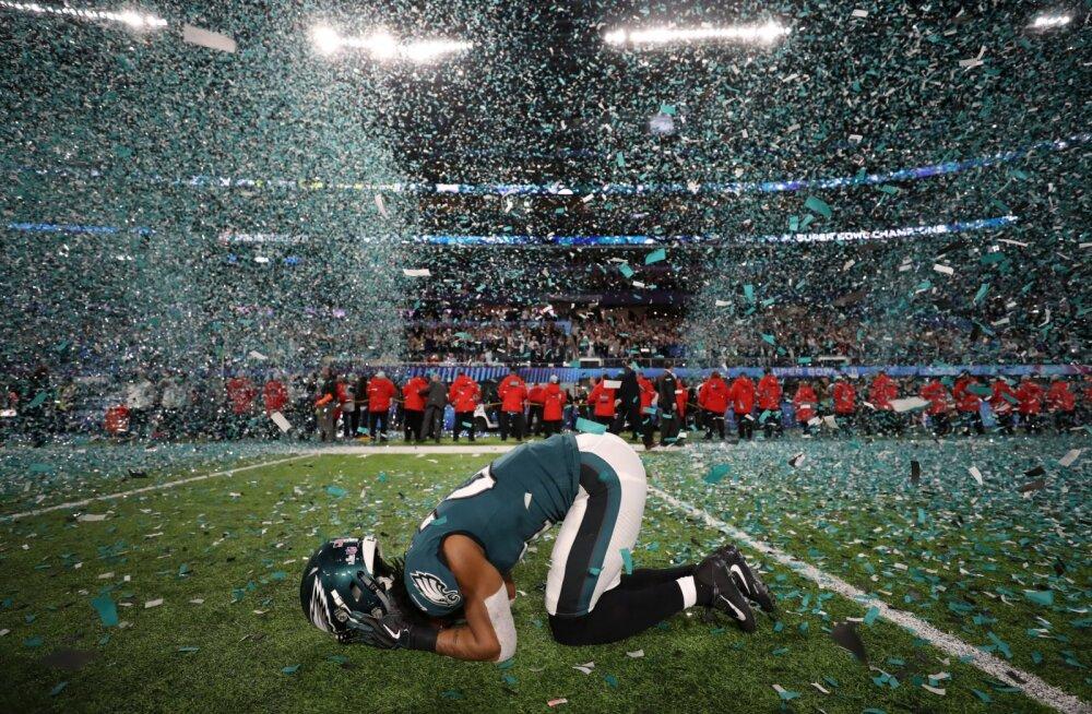 """Enneolematut võiduseeriat nautiv """"Panustaja X"""" tegi Super Bowliga taas ajalugu"""