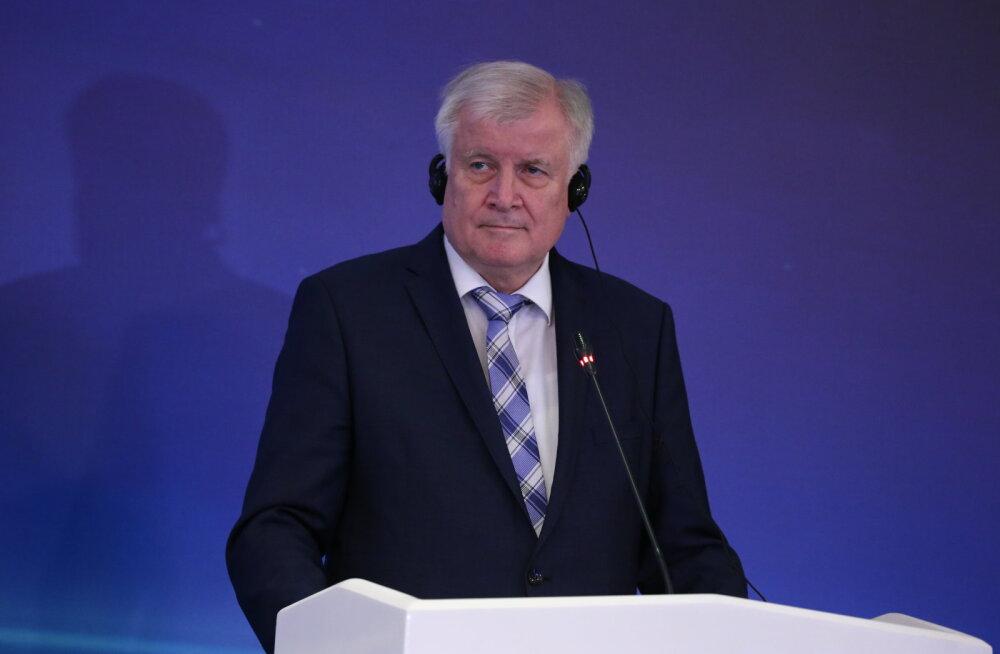 Saksamaa siseminister hoiatas 2015. aasta omast suurema pagulaslaine eest