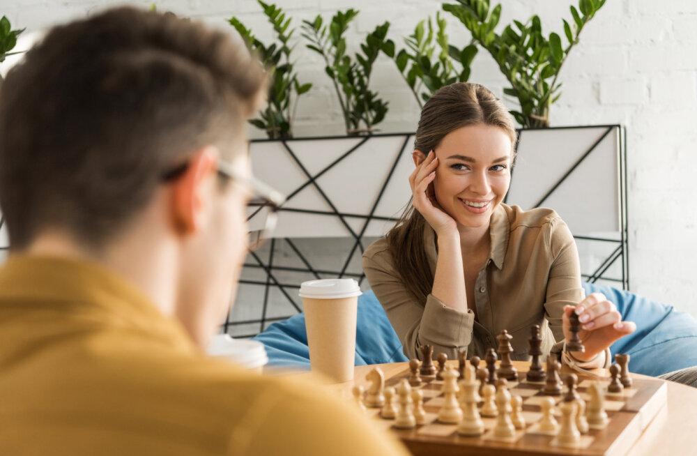 Meestel, kes abielluvad tarkade naistega, on head eeldused pikalt elada
