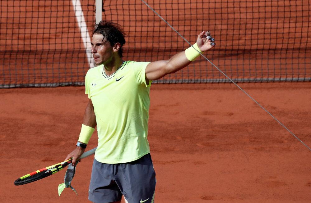 Nadal suure vastasseisu eel: Federer mängib teistmoodi, kui ta seda aastaid tagasi tegi