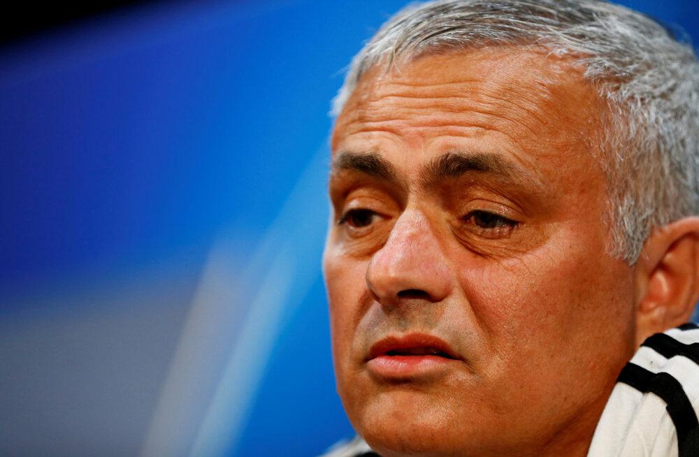 Kes saab Manchester Unitedi uueks peatreeneriks? Kihlveokontorites on kolm selget soosikut