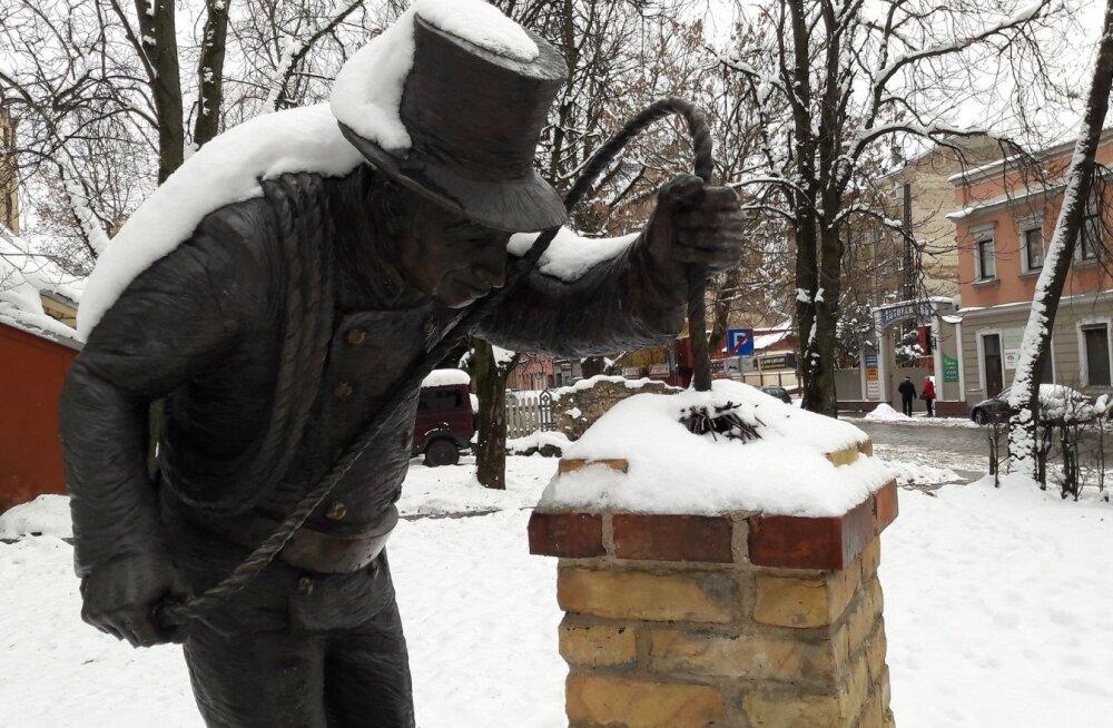 ФОТО читателя Delfi: У таллиннского трубочиста есть старший собрат