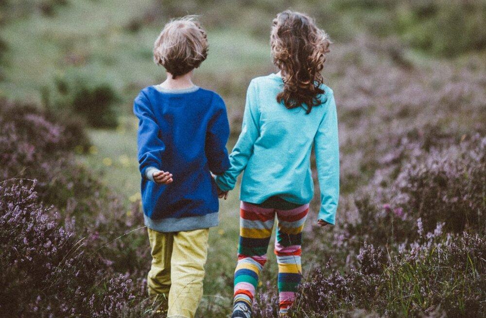 Need on põhjused, miks lapsed peaksid iga ilmaga õues mängima