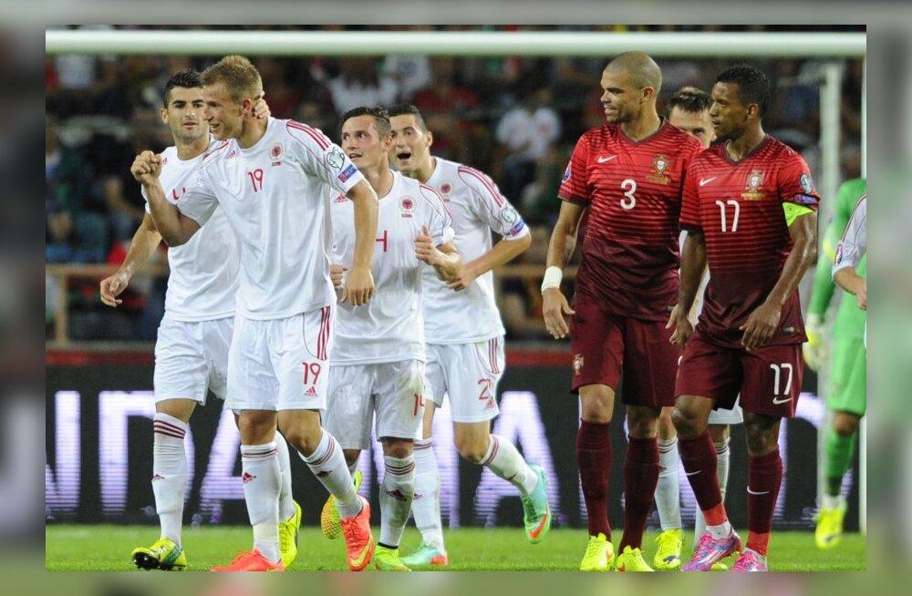Albaania jalgpallikoondis, Portugali jalgpallikoondis