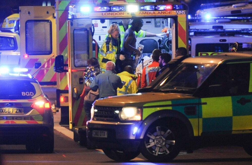 Pealtnägijad: mitmel inimesel lõigati kõri läbi, ühte tulistati pähe