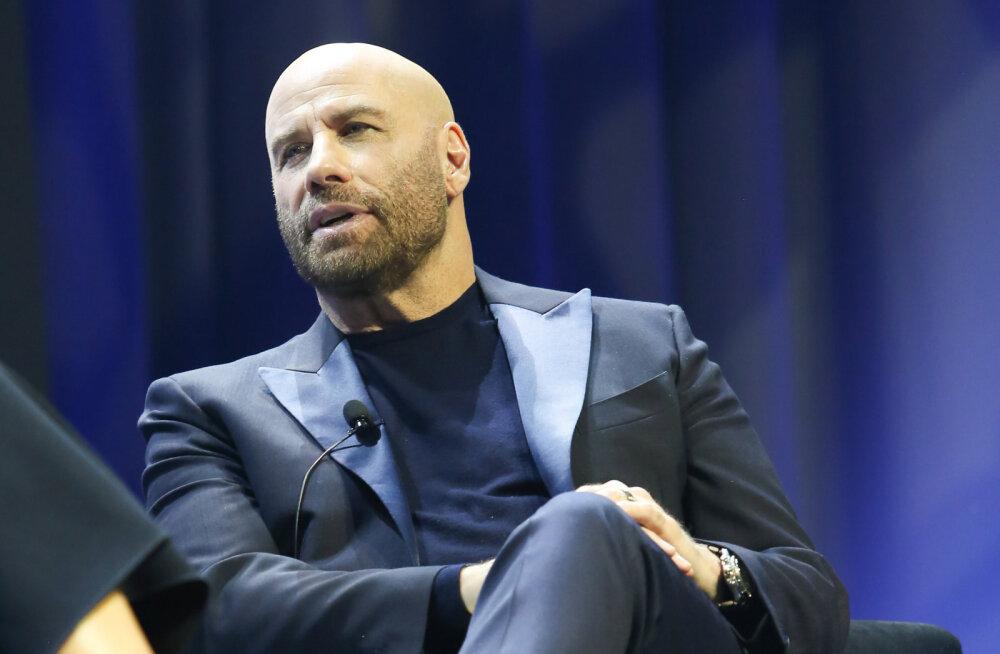 KLÕPS | John Travolta näitas haruldast fotot oma pojast uskumatus kohas