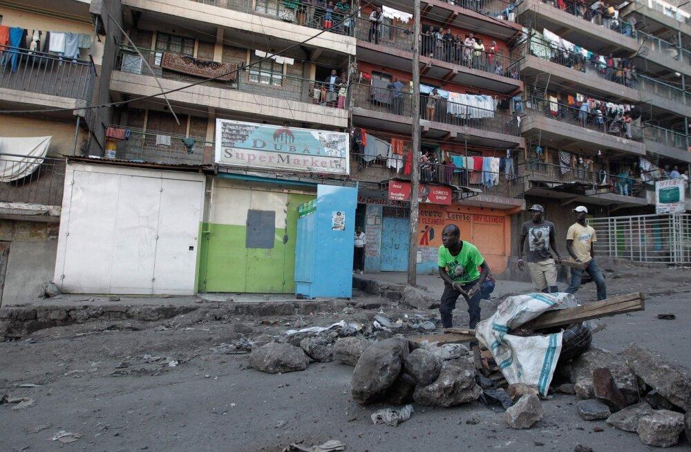 Keenialase kirev elu. Ta kasvatab kodus virtuaalvaluutasid
