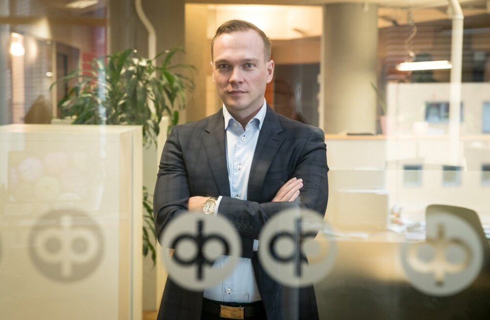 """""""Eesti pangad võiksid omavahel liituda, et kiiremini kasvada ja Rootsi suurpankadele konkurentsi pakkuda,"""" leiab Hannes Kaadu."""