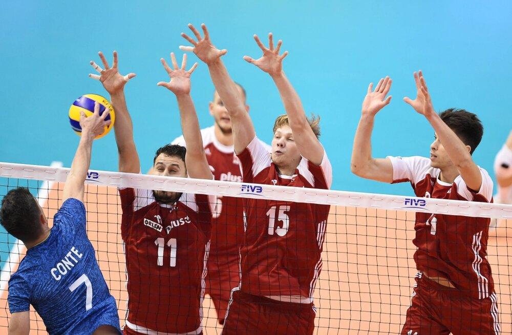 Poola meeskond mängus Argentinaga