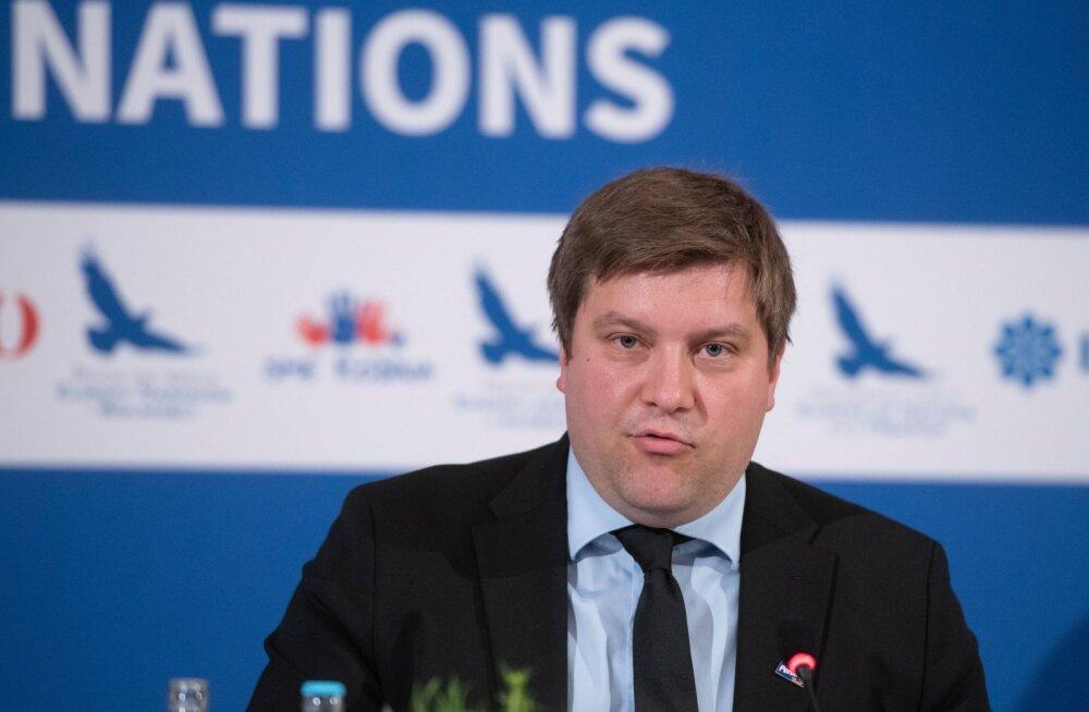 Kohtumisel Le Peniga osalenud Põlissoomlane pahandas: tuleme Eestisse oma asju esitlema, aga ainus teema on Venemaa