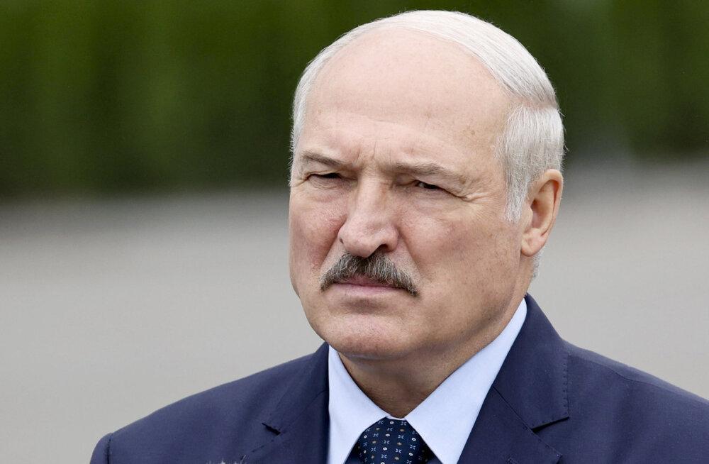 Эстония, Латвия и Литва ввели санкции в отношении Лукашенко и еще трех десятков должностных лиц Беларуси