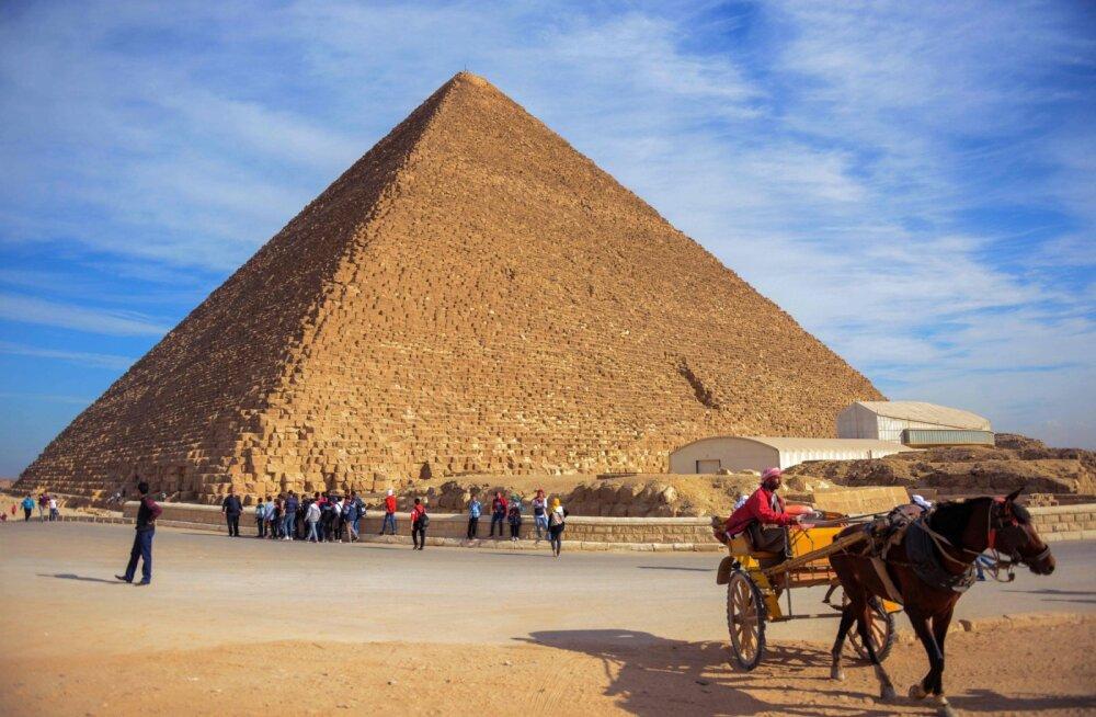 Kuulsaimast püramiidist avastatud salakambris võib asuda maavälise rauaga kaetud troon