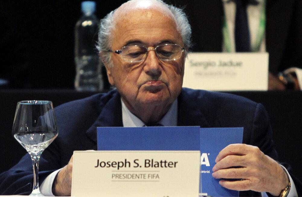 Blatter keeldus FIFA presidendikandidaatide debatist