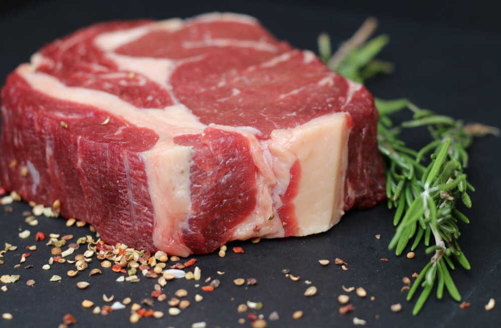 PUUST JA PUNASEKS | Kuidas säilitada liha toasoojas ja külmkapis? Kas marineeritud liha hoida külmas? Millega saab takistada liha rääsumist?