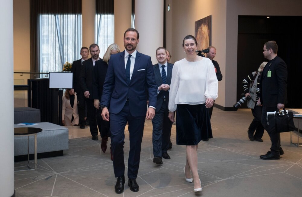 Norra kroonprints Haakon ja kroonprints Mette-Marit Ärifoorumil