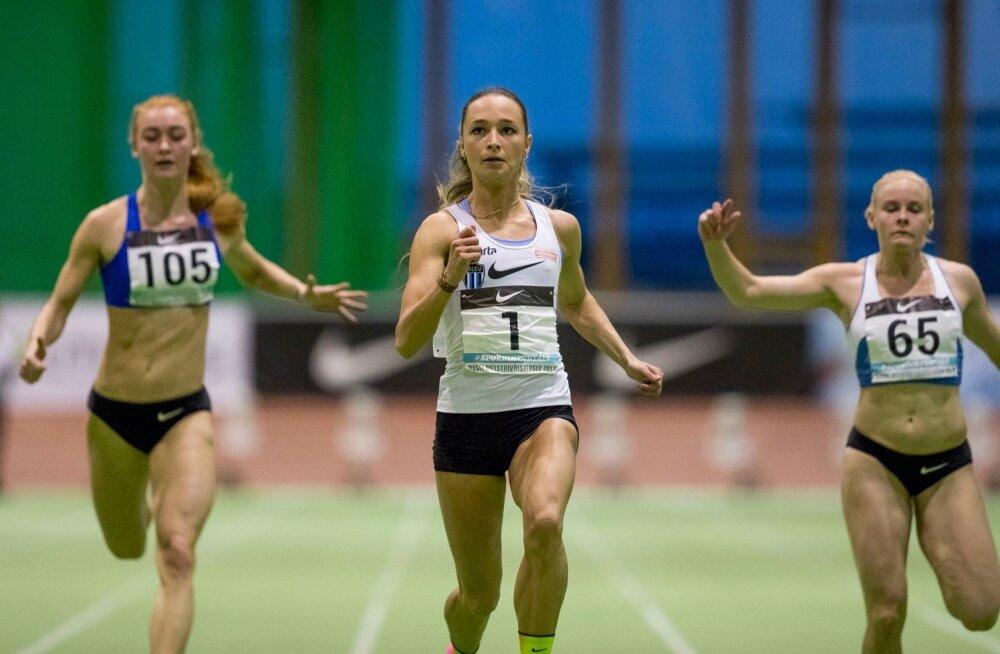 Ksenija Balta (keskel) võib muretult MM-iks valmistuda, teised peavad veel pingutama.