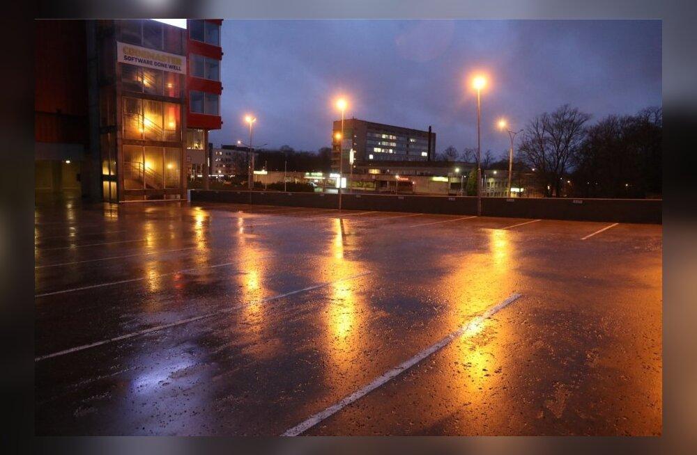 ФОТО: в Таллинне у виадука найдено тело молодого человека