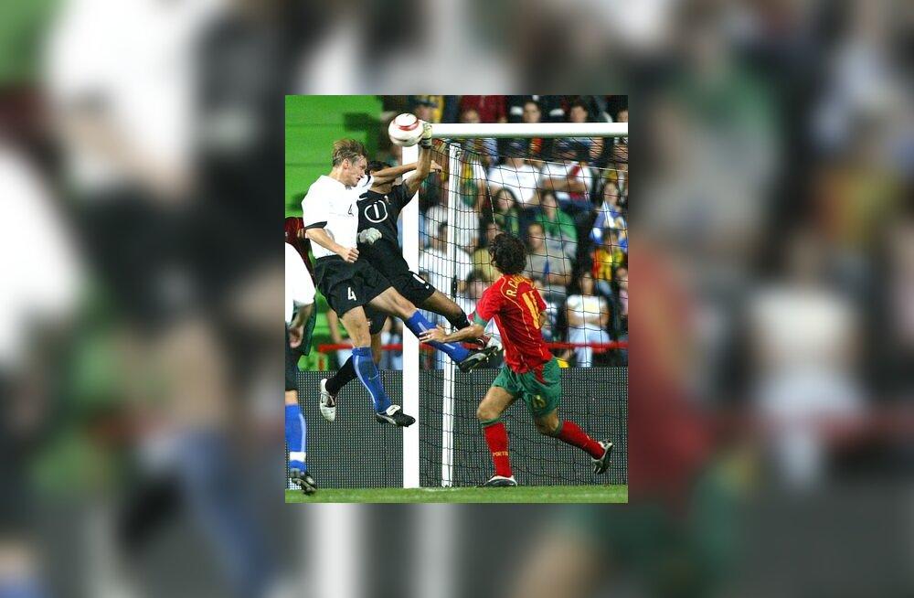 Raio Piiroja mängus Portugaliga