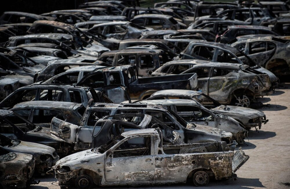Saksamaa Münster Osnabrücki lennujaamas läks tuleroaks 65 autot