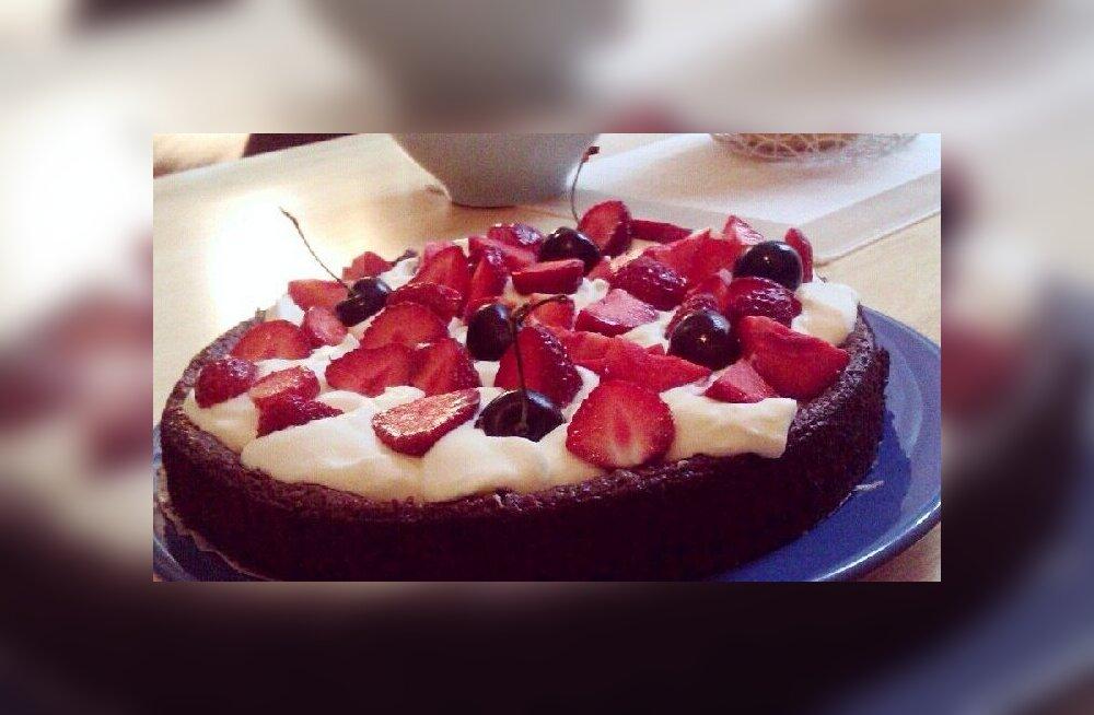 FOTOD: Pildista, mida sa sööd — vaata, millised koogid on eestlaste toidulaual