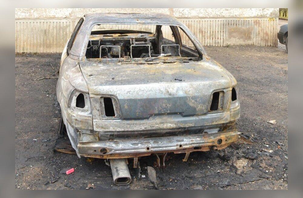 Põlenud sõiduauto Võhmas