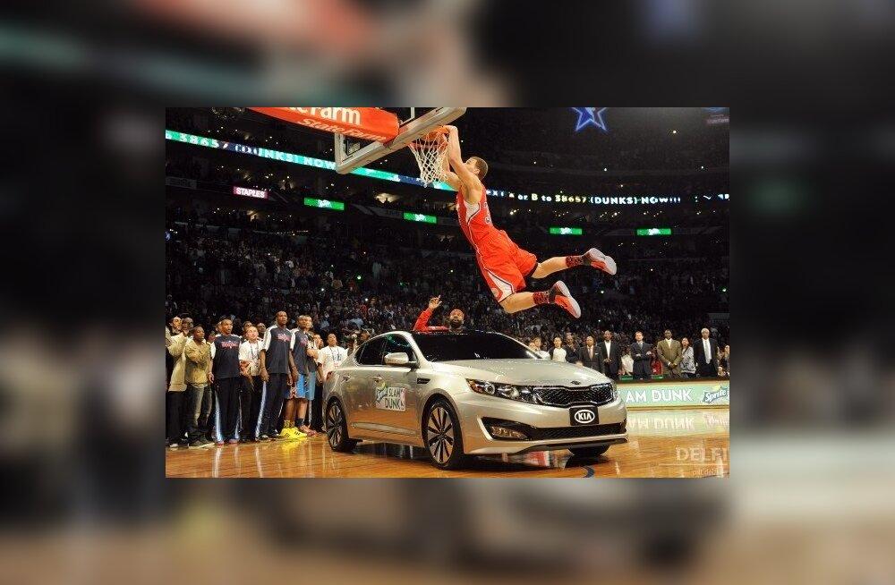 VIDEO: NBA pealtpanekuvõistluse võitja hüppas üle auto