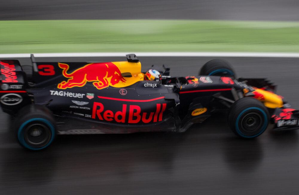 Renault lõpetab järgmise hooaja lõpus lepingu Red Bulli meeskonnaga