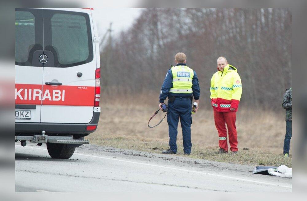 Из-за невнимательности водителей в больницу попали пожилая женщина и подросток