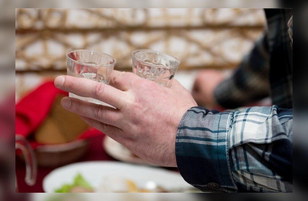 Eestlaste alkoholilembuse põhjuseks on emotsioonide allasurumine