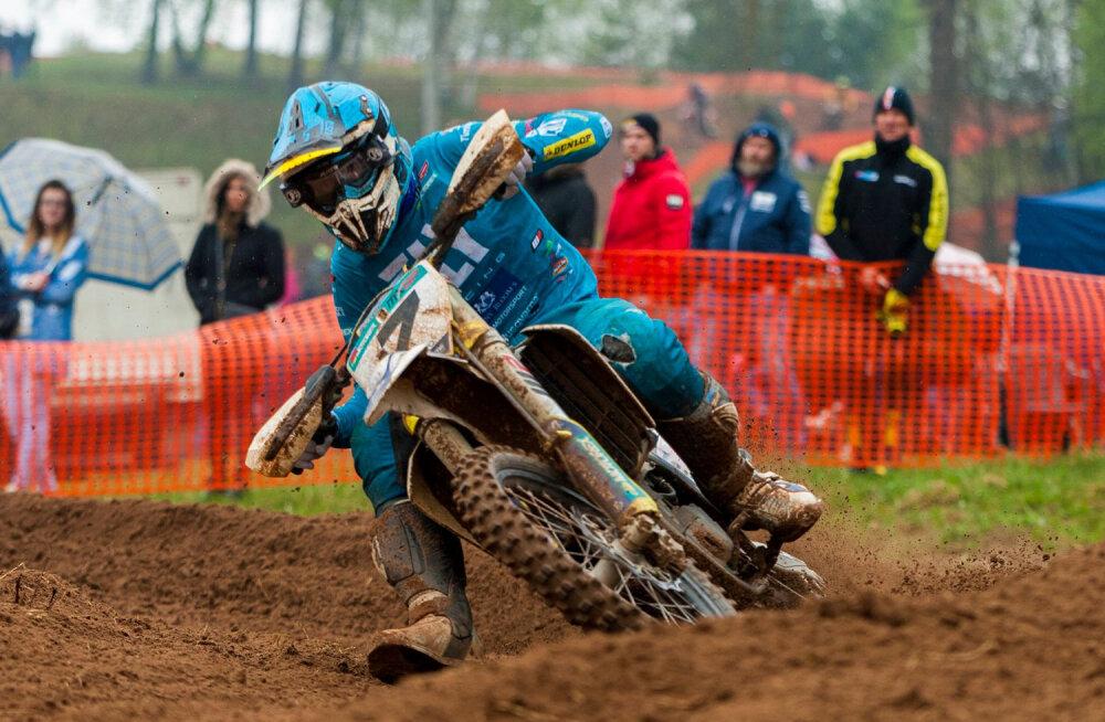 Tanel Leok võitis motokrossi meistrivõistluse teise etapi Lätis