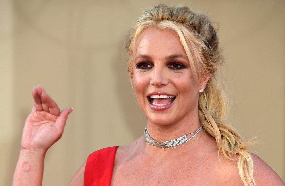 KLÕPS | Britney Spears väidab, et ületas joostes Usain Bolti maailmarekordi: võti on oma hirmudest üle saamine