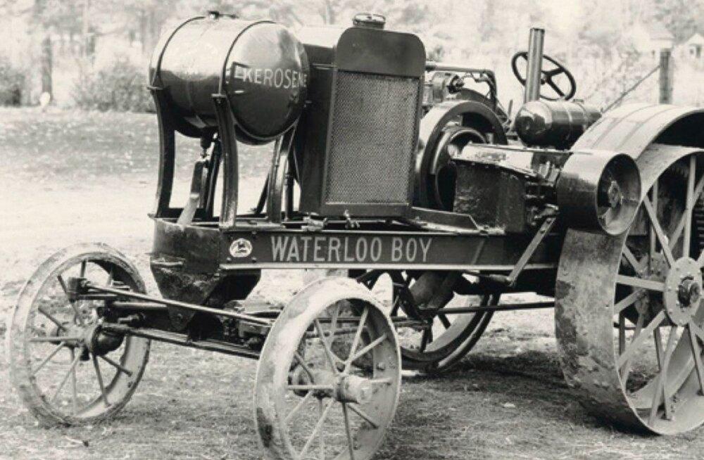 Sada aastat tagasi nägi ilmavalgust John Deere'i traktor Waterloo Boy. 1918. aastal müüdi 5634 masinat.