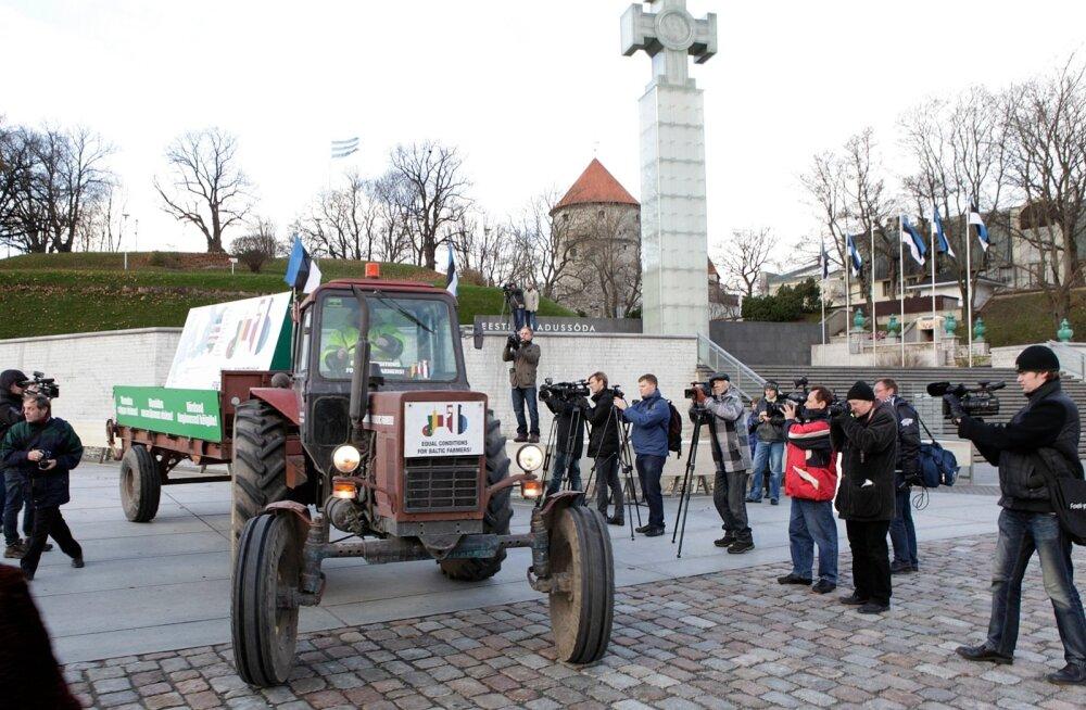 Aastal 2012, kui arutati käesoleva perioodi eelarvet, saadeti protesti märgiks läbi Balti riikide Brüsselisse päevinäinud Belarusi traktor. Seekord traktor teele ei lähe, aga nõudmised on samad, sest ka uus eelarve ei too veel võrdsust.