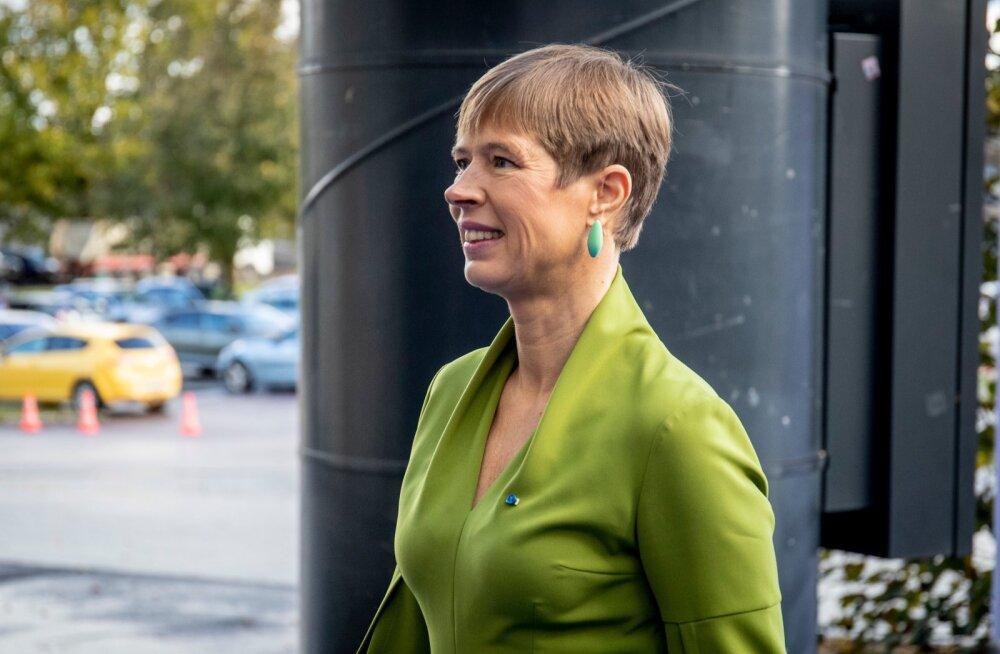 President Kersti Kaljulaid motiveerib liikuma: <em>jet-lagi</em> raviks pole midagi paremat kui vedada end enne tööpäeva hotellist rajale