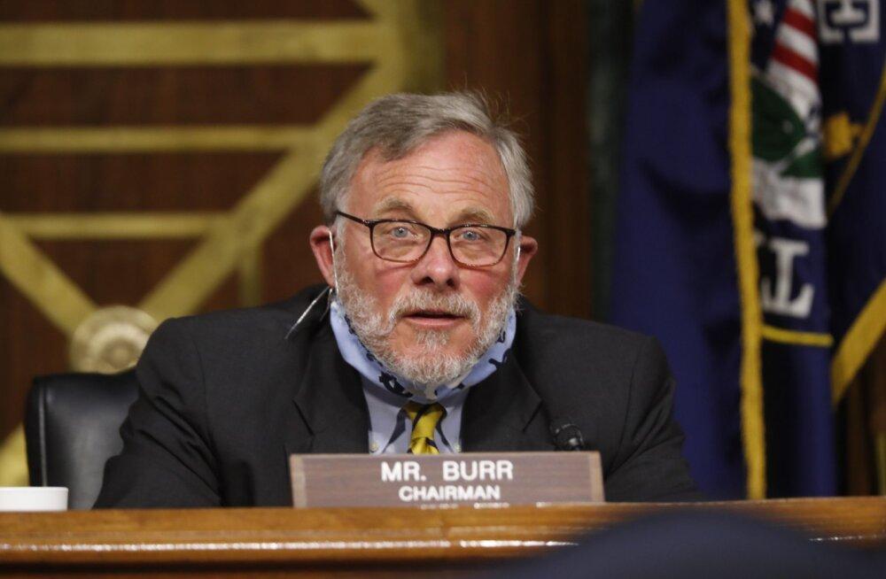 USA senati luurekomitee juht Burr astus FBI siseinfo kasutamise juurdluse ajaks tagasi