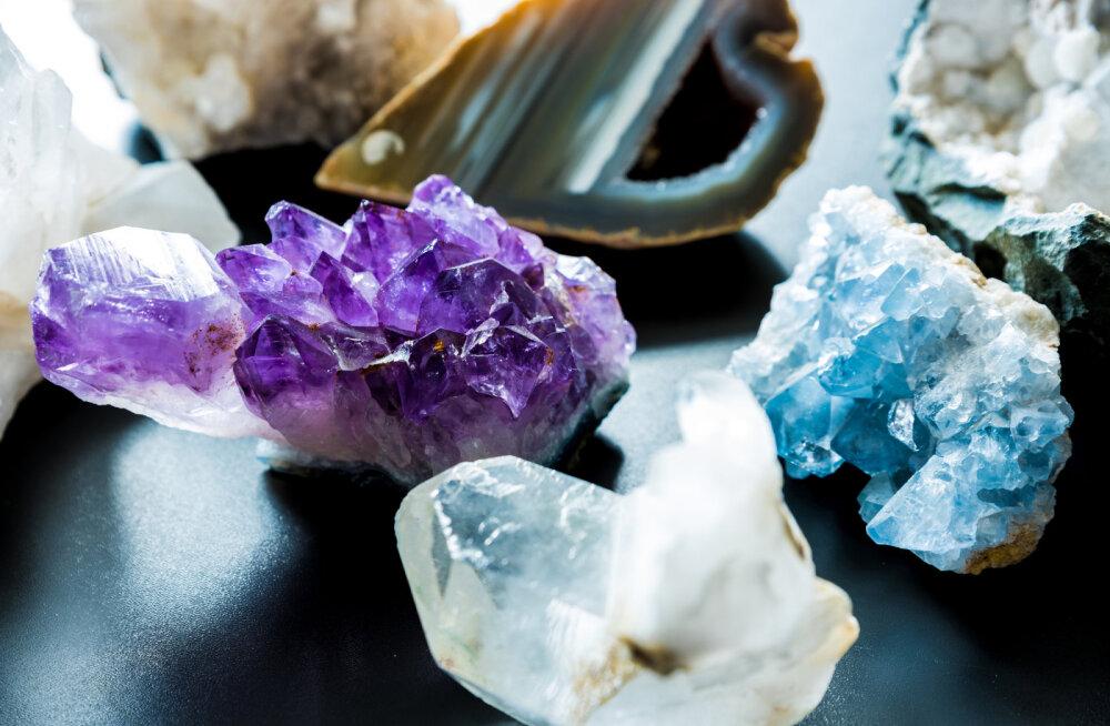 Kristallid aitavad luua koju head energiat ja harmoonilist aurat
