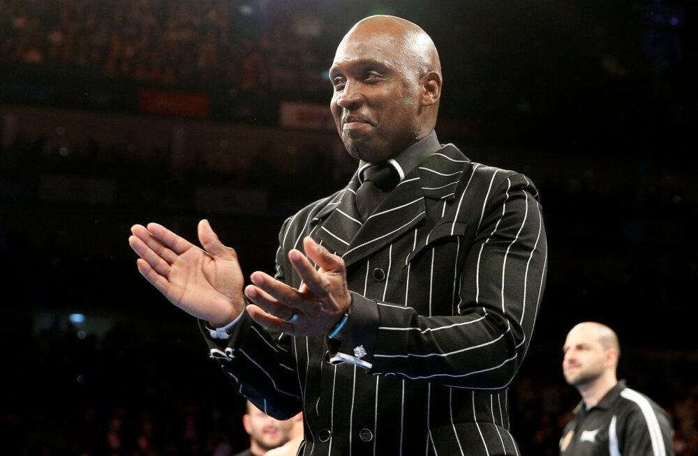 55-aastane endine maailmameister šokeerib poksimaailma ning naaseb ringi