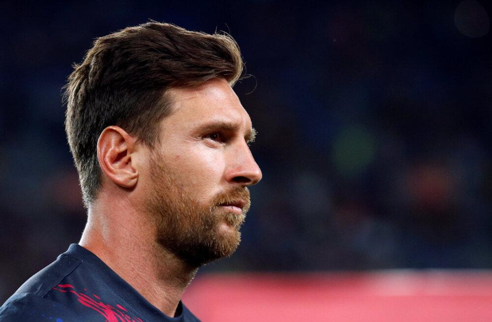 Tagasilöök: Lionel Messi sai hooaja avatreeningul vigastada