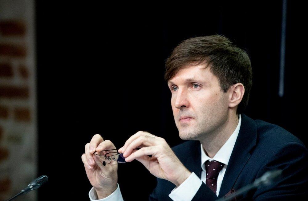 Martin Helme: avalikus sektoris palkade kärpimine süvendaks majanduslangust