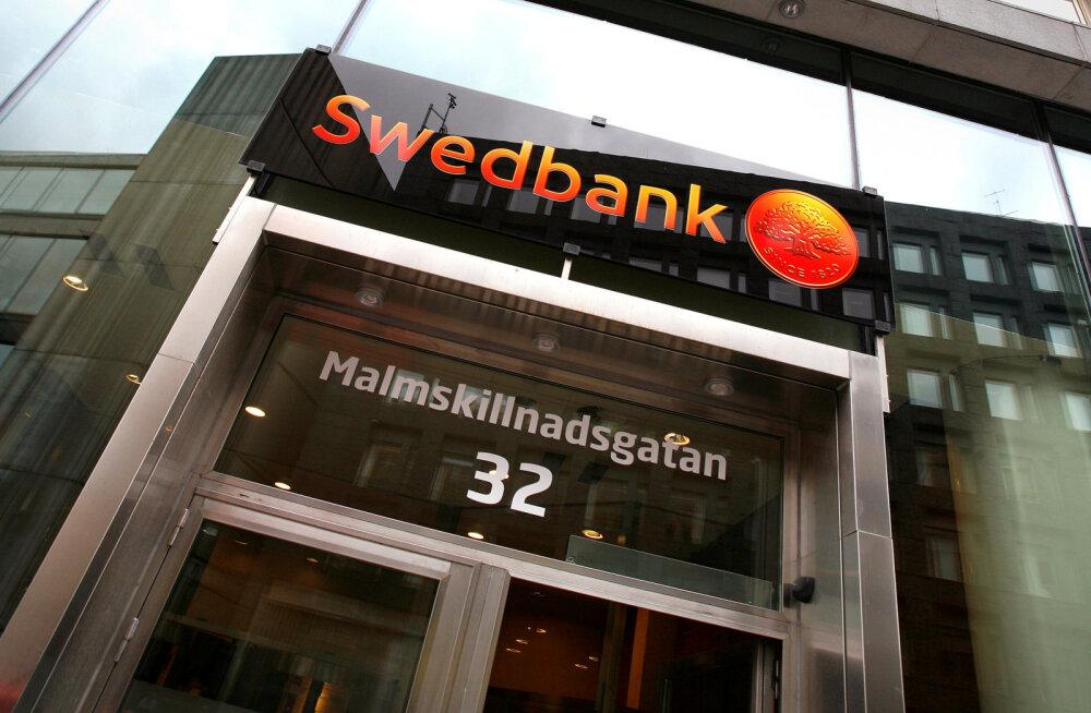 Kas Swedbanki automaadid jagavad ka Eestis piiramatult raha nagu Rootsis?