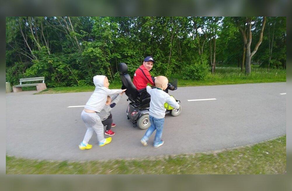 Роковой день: пострадавший при исполнении рабочих обязанностей шахтер до сих пор не может ходить