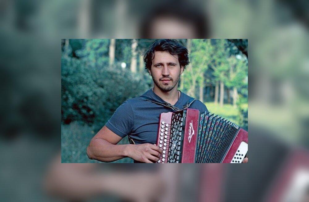 Смотрите, кто выиграл билеты на концерт Игоря Растеряева