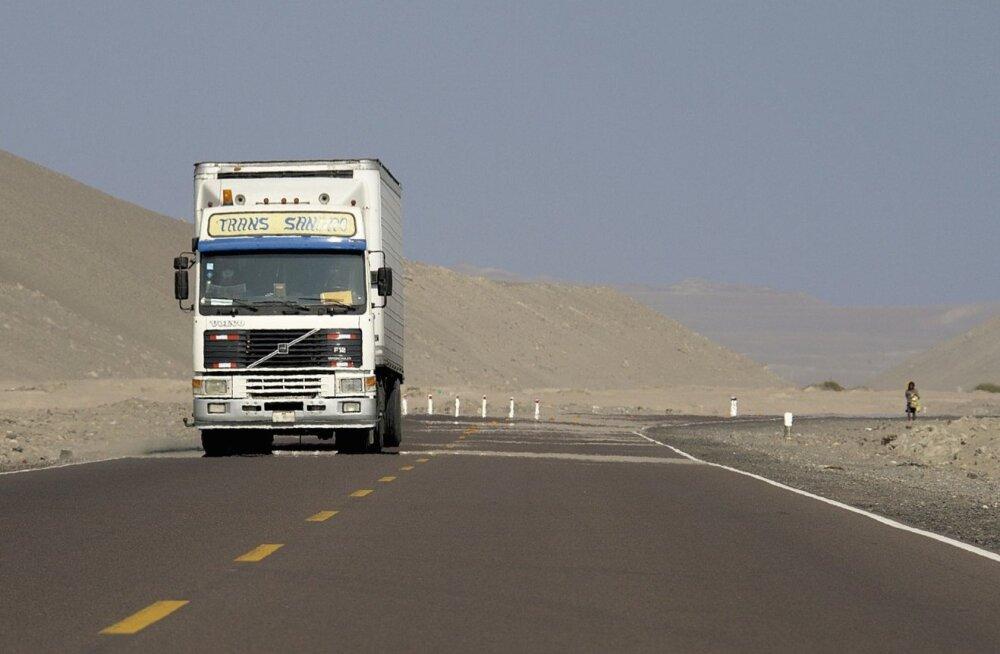 Panameerika maantee läbib ka Peruud.