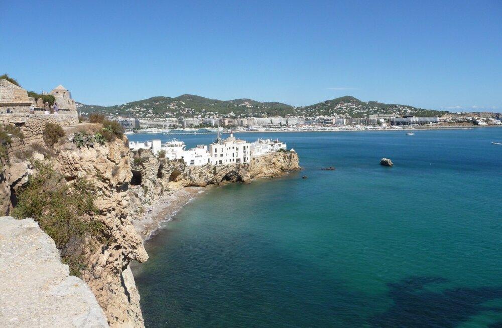 Suvel Ibizale! Edasi-tagasi lennupiletid + 7 ööd ranna lähedal külaliskorteris kokku 262€!