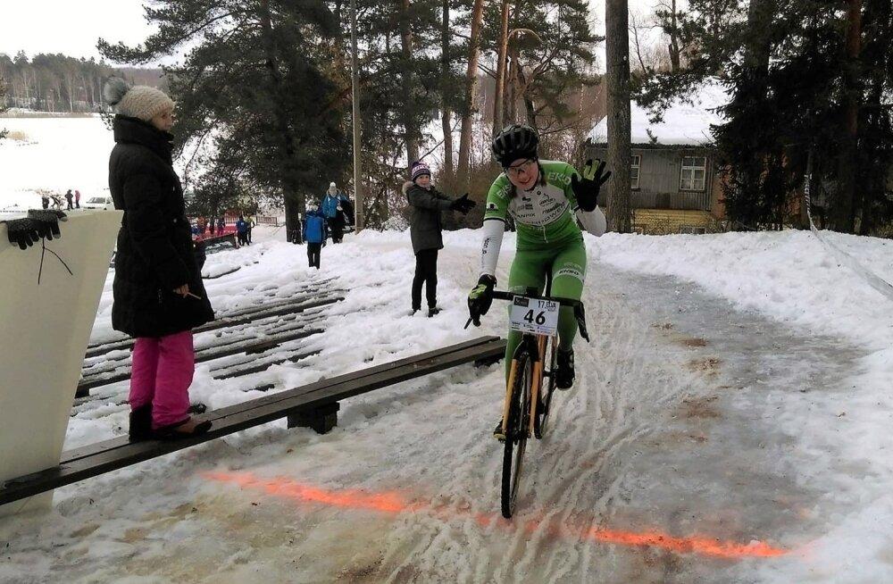 Talikrossi Eesti meister Mari-Liis Mõttus