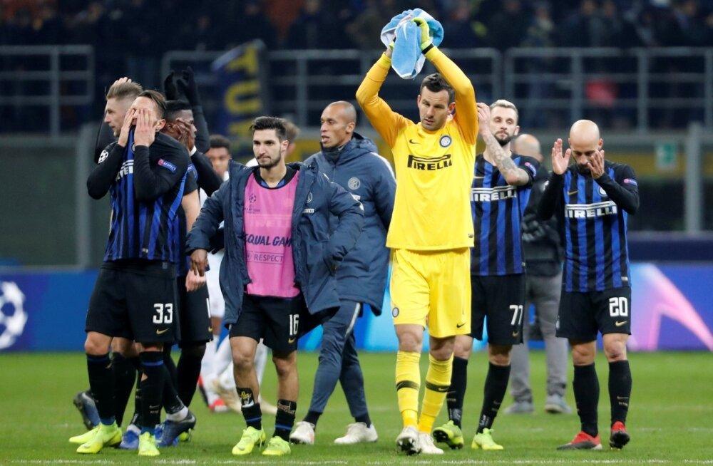 Milano Inter vajas PSV üle võitu, kuid hollandlastega lepiti viiki ja langeti Meistrite liigast välja.